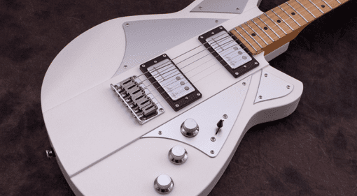 So Reverend have just announced a brand new Billy Corgan Signature guitar. Smashing Pumpkins main man has a new guitar loaded with signature P90 style pickups loaded and custom styling. The guitar is available in a few different finish options and has lots of great features.