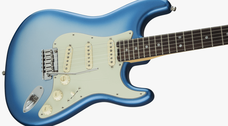 Fender USA American Strat Elite Stratocaster Noiseless pickups compound radius c to D Neck Profile