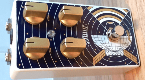 Magnetic Effects Satellite low gain boost / drive pedal London UK hand built