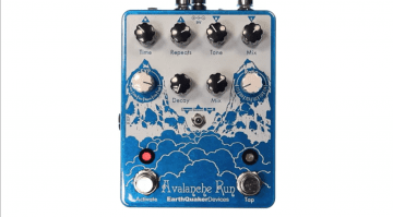 EarthQuaker Avalanche Run DSP stereo delay reverb pedal