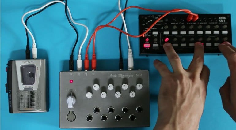 OM-1 Cassette Synthesizer sequencer
