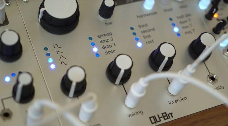 Qu-Bit Chord closeup