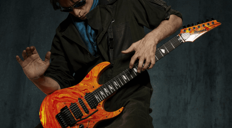 Steve Vai 25th anniversary Passion and Warfare Silver