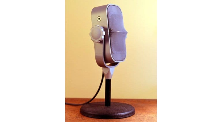 Ocean Way RM1-B Ribbon Mic on stand