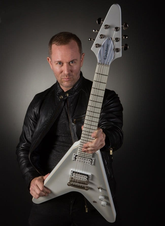 Epiphone Brendon Small Snow Falcon Flying V