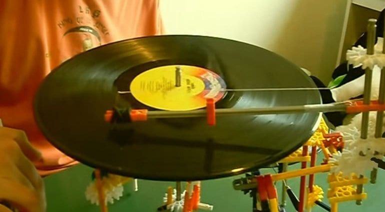 knex vinyl diy record player