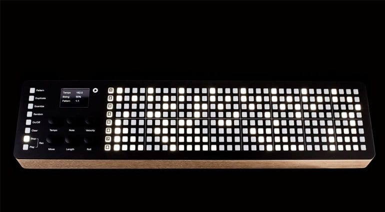 Polyend SEQ MIDI Step Sequencer - look at the pretty lights!