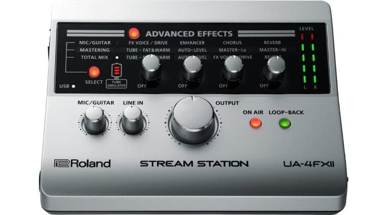Roland UA-4FX2 - front