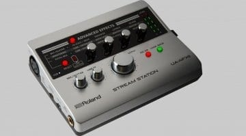 Roland UA-4FX2 side view