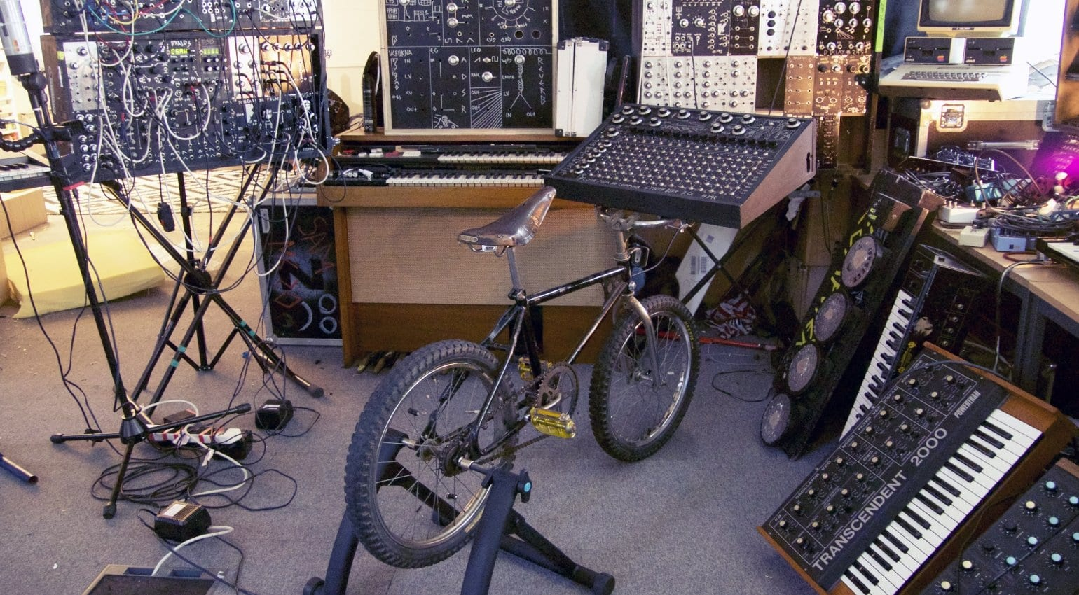 Look Mum No Computer - SynthBike