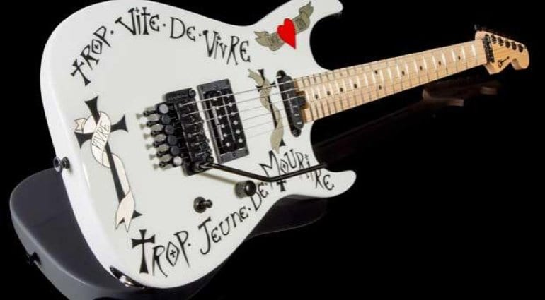 Charvel Warren DeMartini Frenchie in white