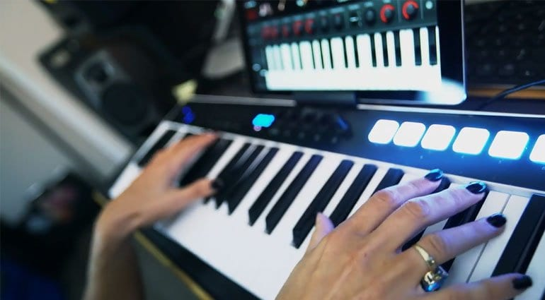 iRig Keys action shot