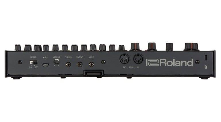 Roland TR-08 rear panel
