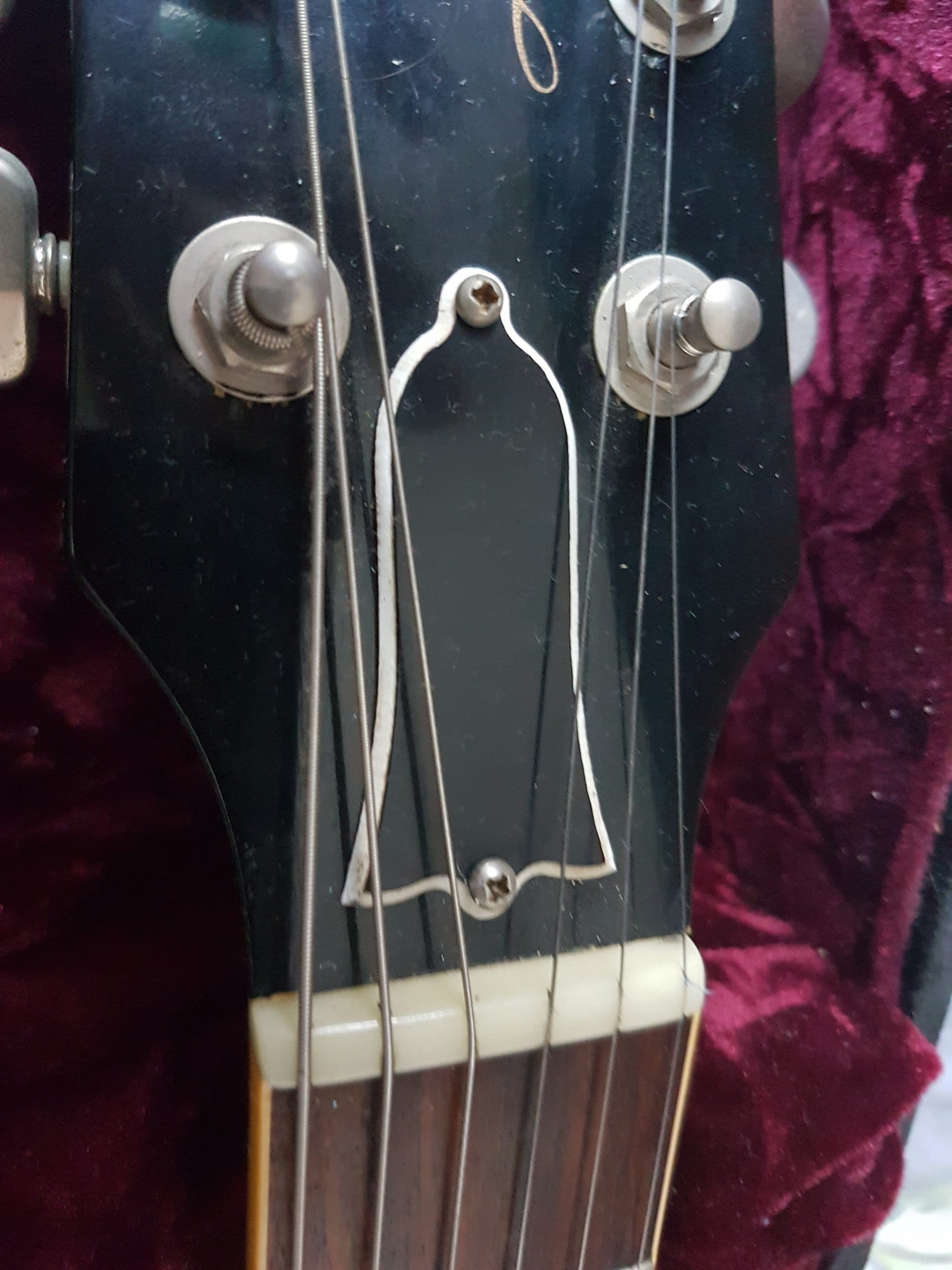 jef s tips for making your gibson les paul play like a dream part 2 truss rod. Black Bedroom Furniture Sets. Home Design Ideas