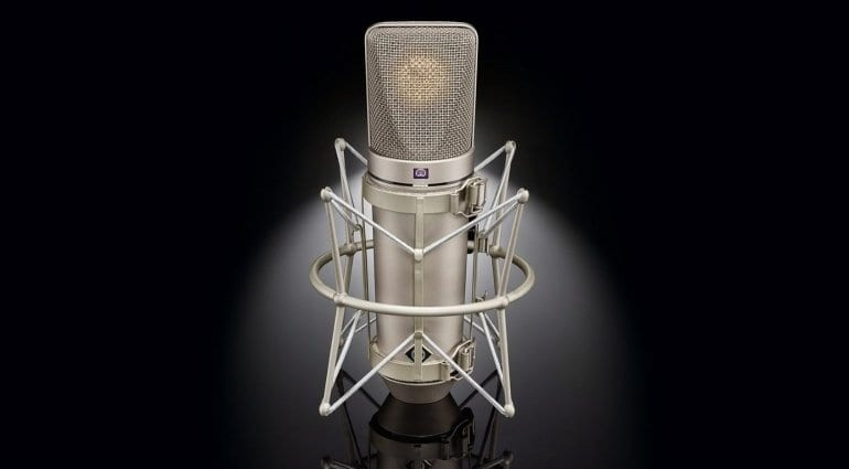 Neumann U67 reissue with shock mount