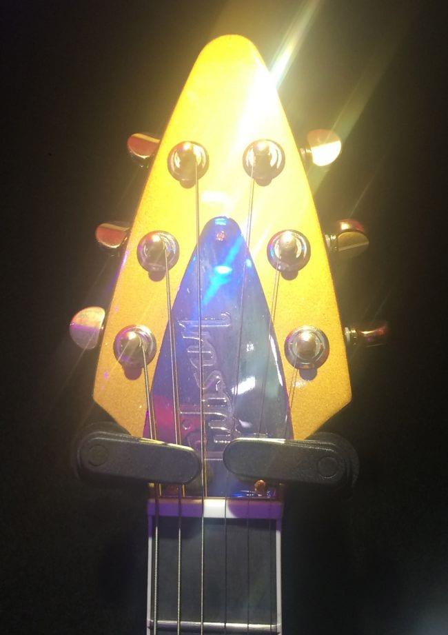 Gibson Modern V headstock