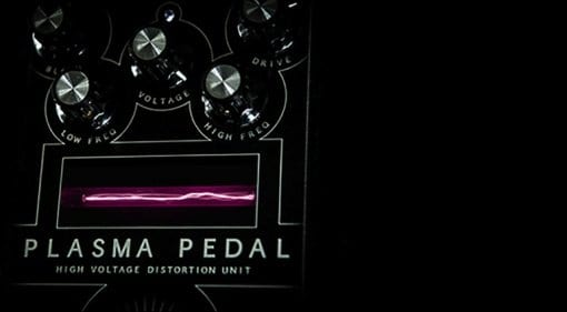 Gamechanger Audio Plasma Pedal limited edition Indiegogo Pink