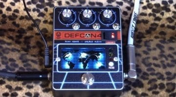 Walrus Audio DEFCON 4 Ryan Adams signature Boost / EQ pedal