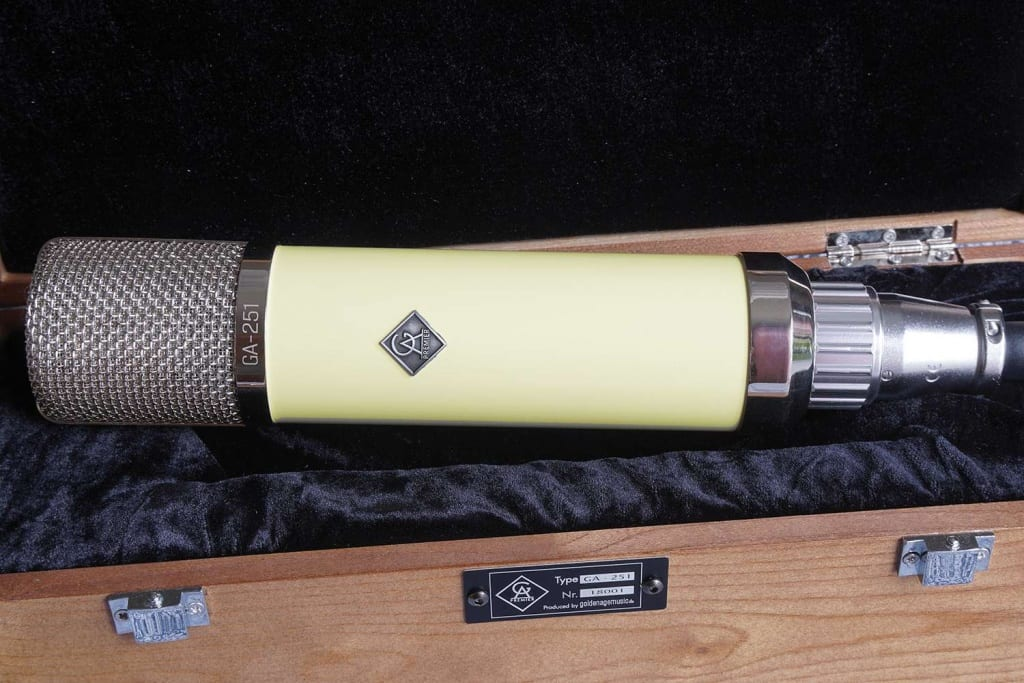 Golden Age Premier GA-251 condenser mic and case
