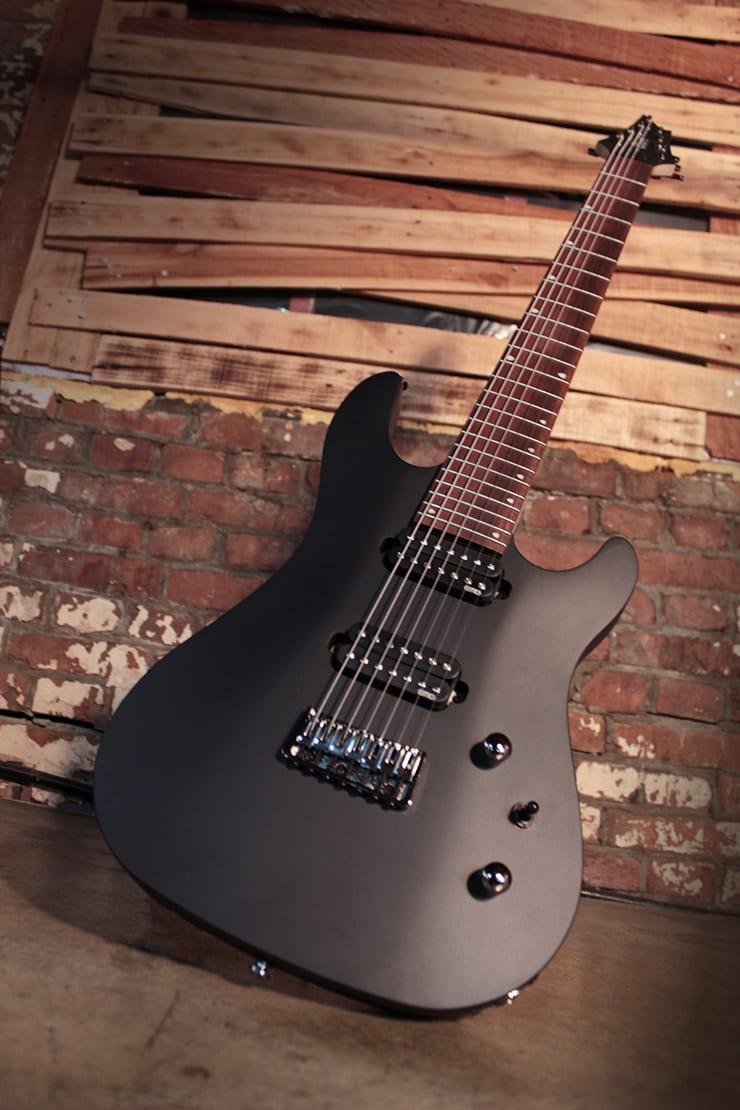 Cort KX257B Baritone seven-string