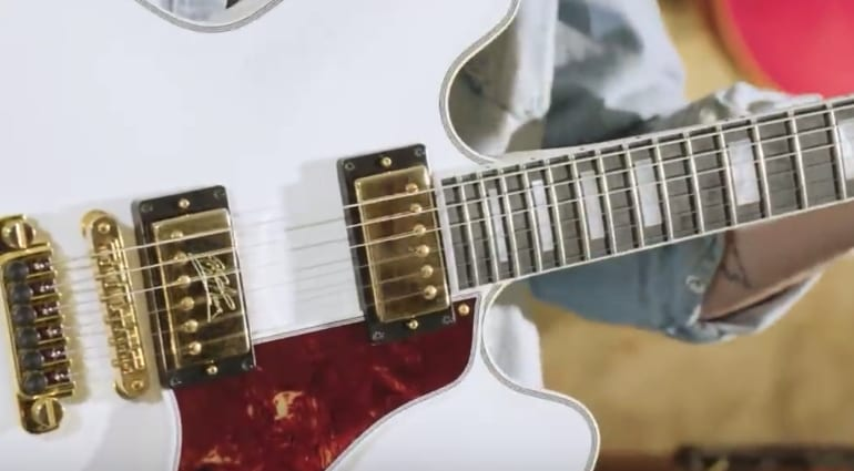 Gibson B.B. King Lucille ES limited edition in Alpine White