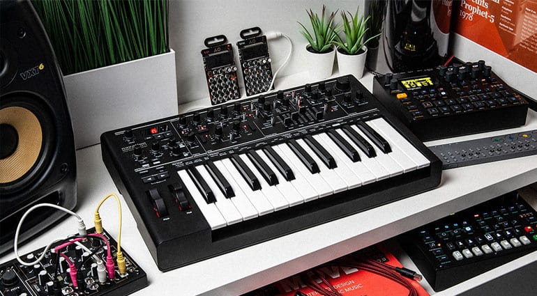 Novation anniversary black Bass Station II
