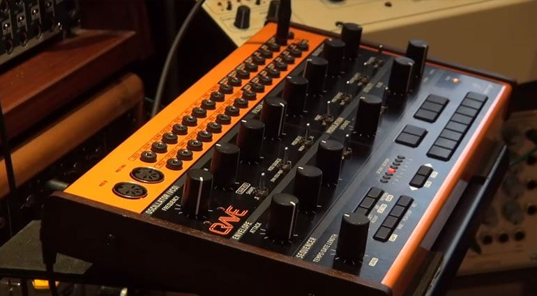 namm 2019 behringer 39 s last surprise is the crave semi modular analog synthesizer. Black Bedroom Furniture Sets. Home Design Ideas