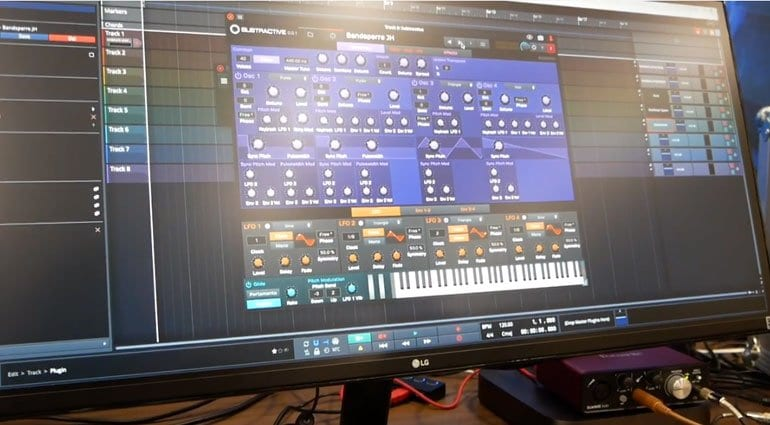 Waveform Subtractive synthesizer