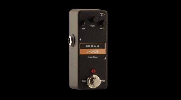 Mr Black Mini Vintage Chorus - Boss CE-1 circuit in tiny a pedal?