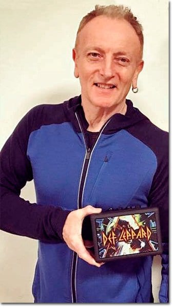 Def Leppard' Blackstar Phil Collen with Fly 3 Hysteria edition