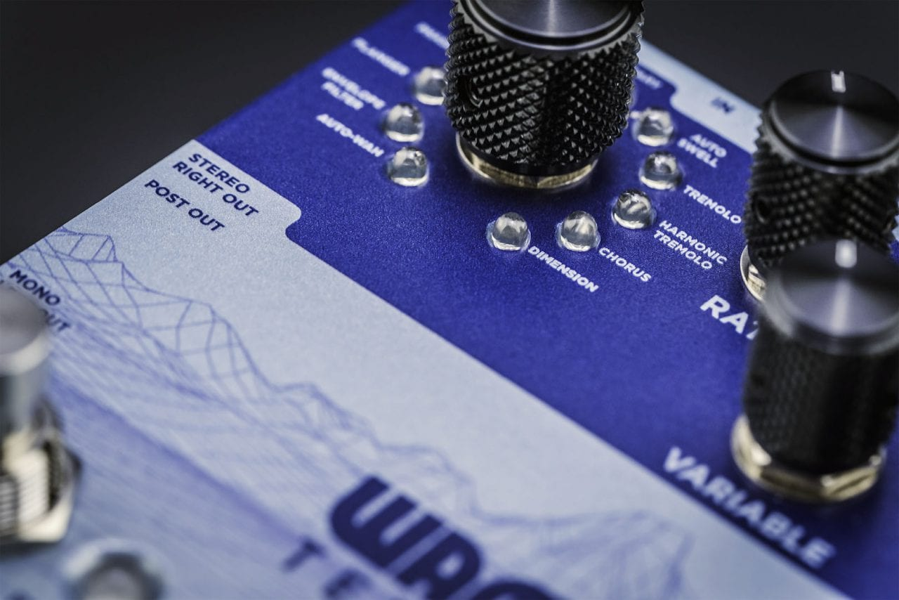 Wampler Terraform 11 modulation effects in one pedal!