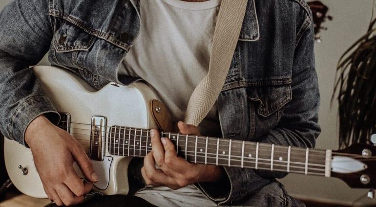 Harmony Guitars aStandard Series Juno