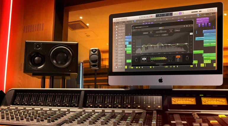 IK Multimedia ARC 3 studio