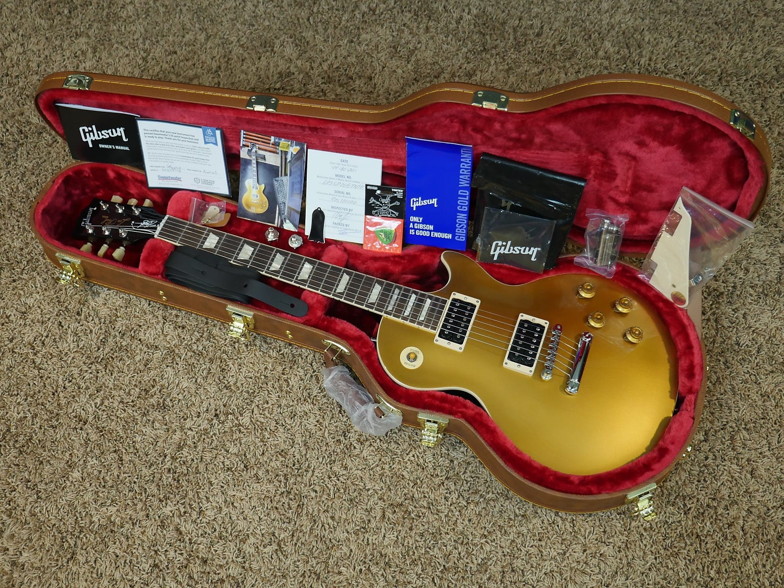 The 'prototype' one off Gibson Slash signature model Gold Top