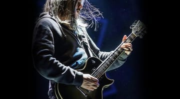 Adam Jones Signature Gibson Silverburst Les Paul Custom