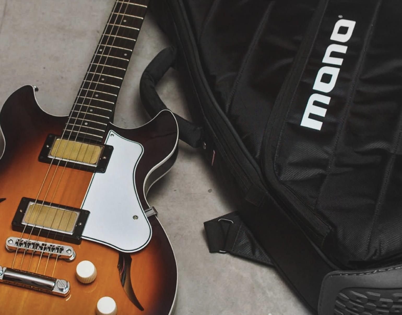 Harmony Comet comes with a premium Mono Vertigo gig bag