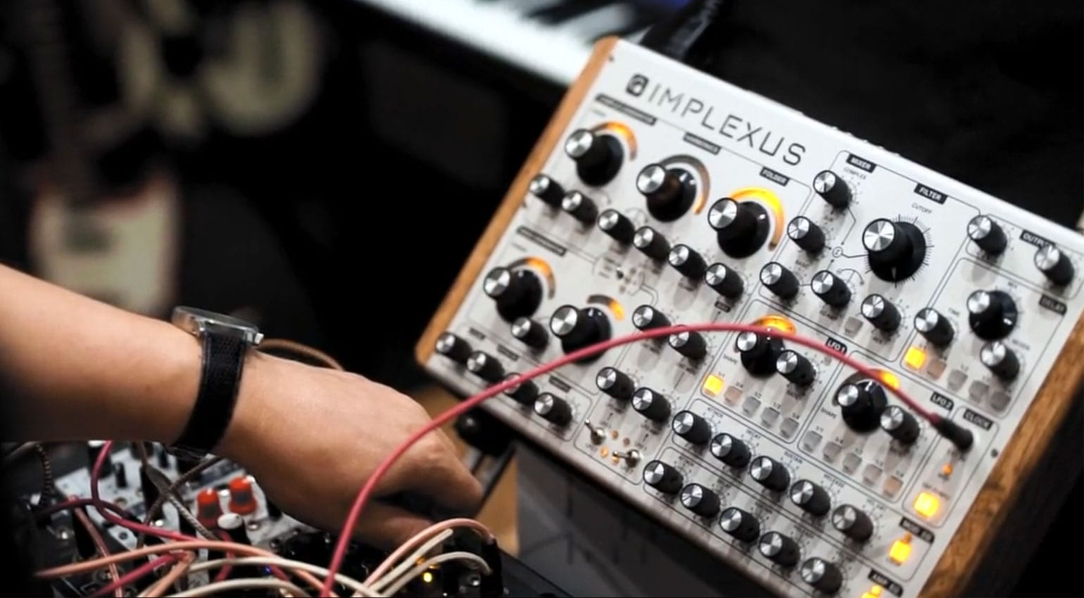 IMPLEXUS: West and East Coast fusion analog synthesizer needs you!