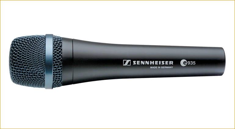 Sennheiser E 935 side