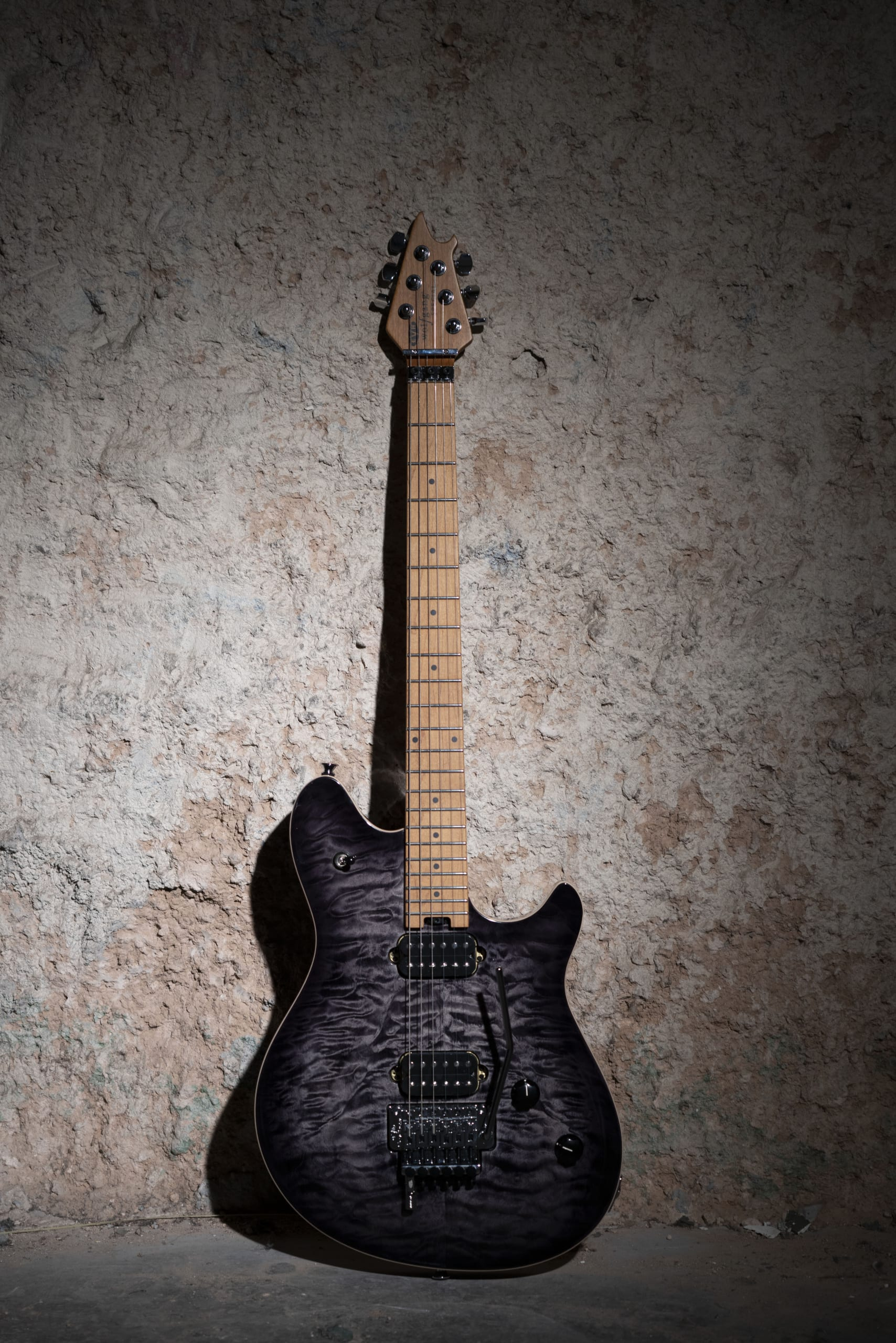 EVH Wolfgang Special QM in Charcoal Burst