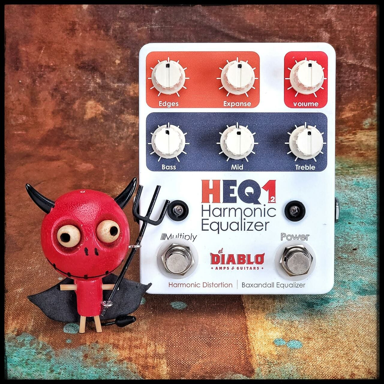 El Diablo Amps & Guitars' new HEQ1.2 Harmonic Equalizer fuzz