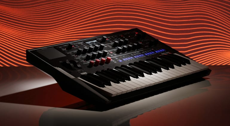 Korg Modwave Wavetable Synthesizer BG Red