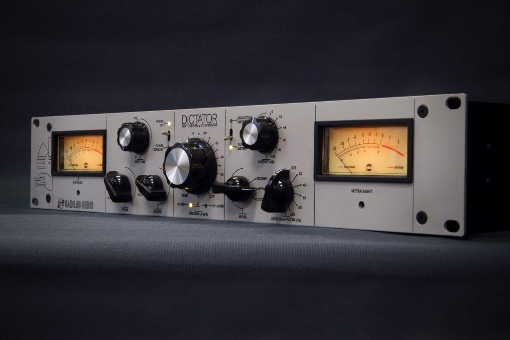 Dictador de audio Gainlab