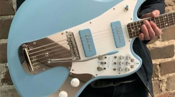 BilT Guitars Revelator with built-in Chase Bliss Blooper