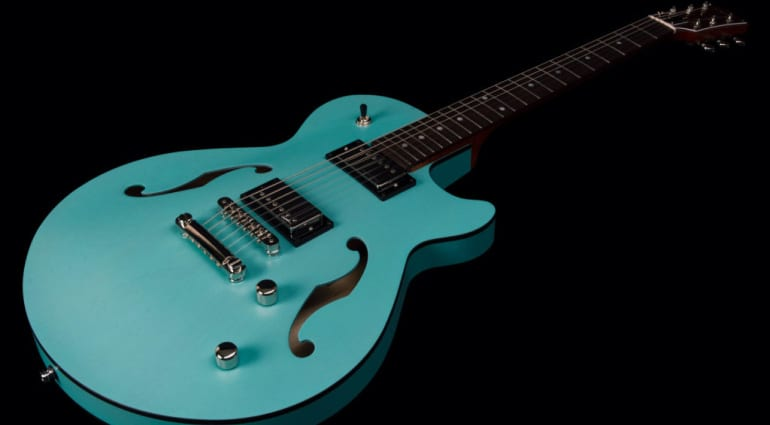 Godin Montreal Premiere HT Laguna Blue new semi-hollow with eye-catching looks