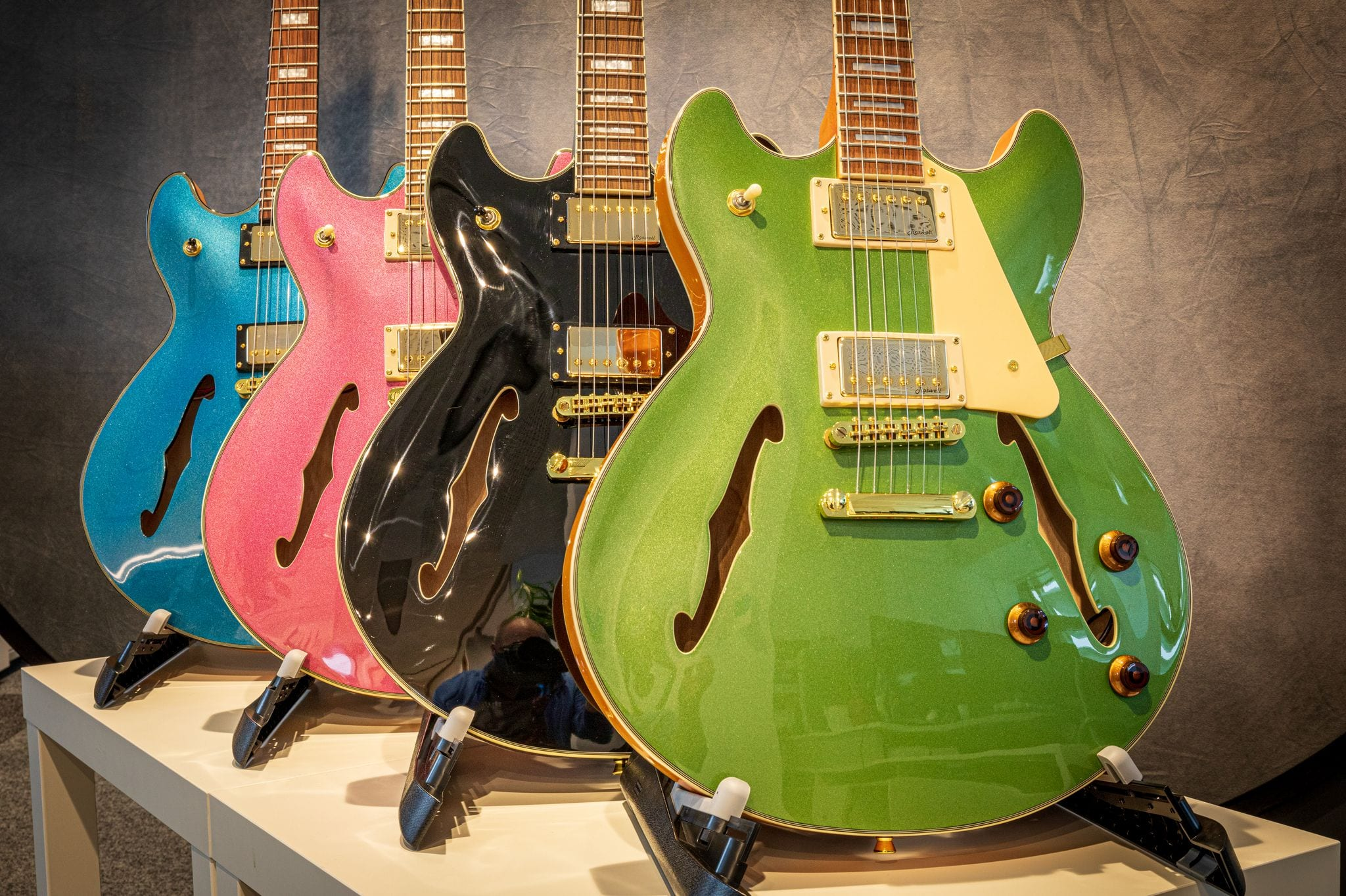 Harley Benton HB-35 Plus now in four new colours