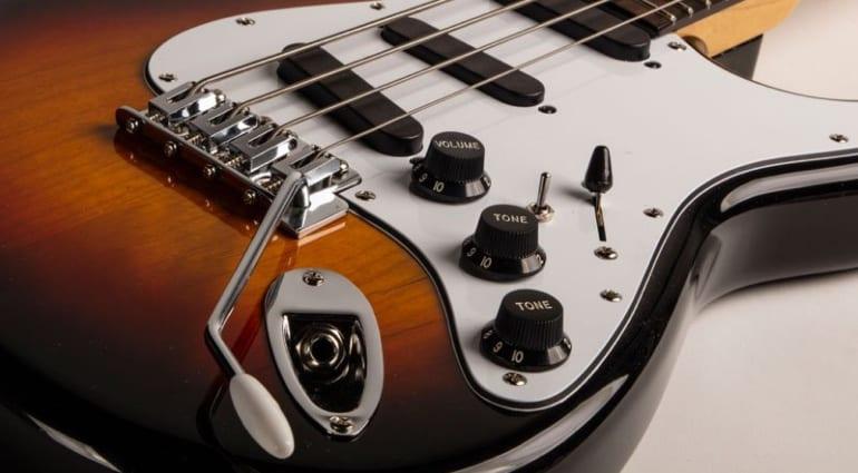 Spellcaster Bass closeup