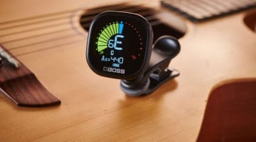Boss TU-05 clip-on tuner