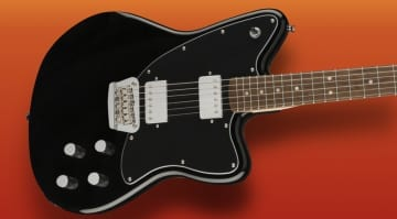 DEAL- Fender Squier Paranormal Toronado BK at €249 down from 459!!