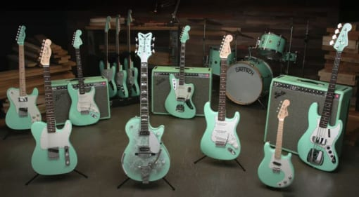 Fender Custom Shop Masterbuilt Surf Green with Envy Collection