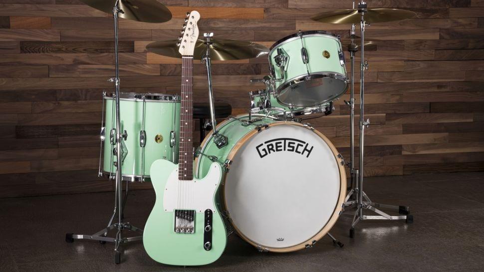 """""""Fender"""